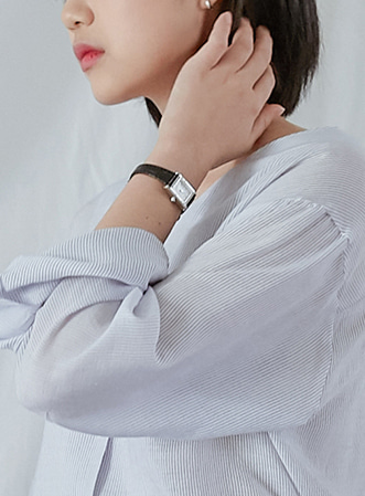 [무료배송] Simple clean wrist watch-모스빈
