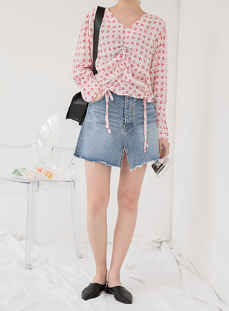 [무료배송] Flower shirring blouse-모스빈